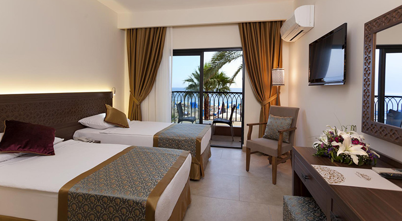 Alaaddin Beach Hotel Triple Room